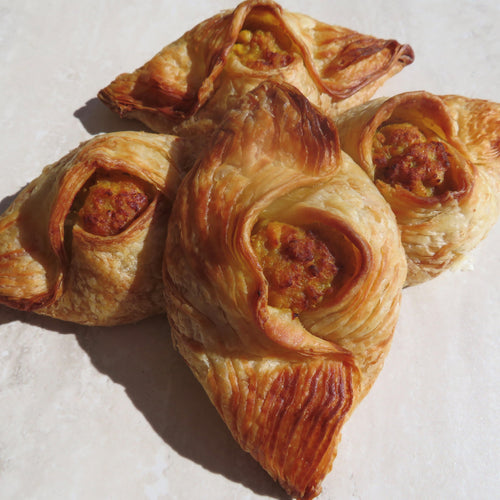 Cheeky Curry Chicken Pastizzi - 12 pack of (80g Jumbo) or (30g Canape) Available - Kiss Kiss Artisan Foods