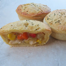 Load image into Gallery viewer, Country Chicken & Vegetable Party Pie (70G) Lunch Pie (220G) - Kiss Kiss Artisan Foods