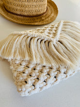 Load image into Gallery viewer, 'Natural Sand' Woven Clutch