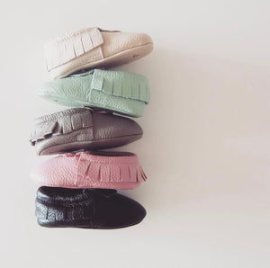 Nuna Leather Moccasins