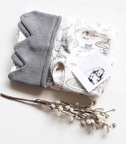 Little Royal Knitted Crown – Grey
