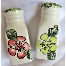 Load image into Gallery viewer, Salt & Pepper: Painted - Hand Made (Bermuda)
