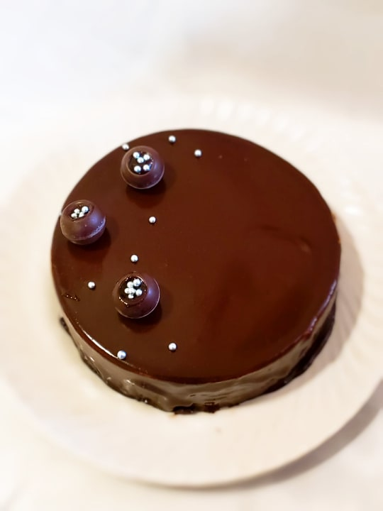 Brownie Mirror Glaze Chocolate Mousse Cake  (1 Kg Rs 2800/-, Minimum Order 1 Kg)