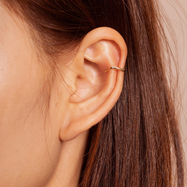CORA | Single Curvy Ear Cuff
