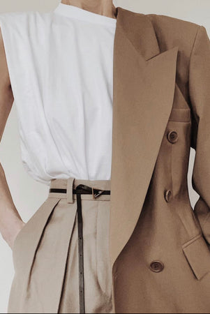 THE BEIGE BLAZER