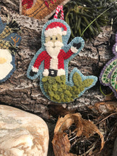 Load image into Gallery viewer, WOOL KIT + Printed Pattern: Christmas By The Sea - MerSanta