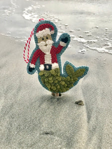WOOL KIT + Printed Pattern: Christmas By The Sea - MerSanta