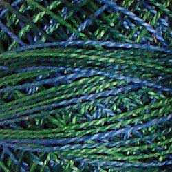 Valdani Perlé Cotton Variegated: V15 - Algae - most beautiful combination of fresh greens with medium intense blues - Hattie & Della