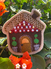 Load image into Gallery viewer, Sugar Plum Parish Wool Kit + Printed Pattern - 1800 Ribbon Candy Rt.