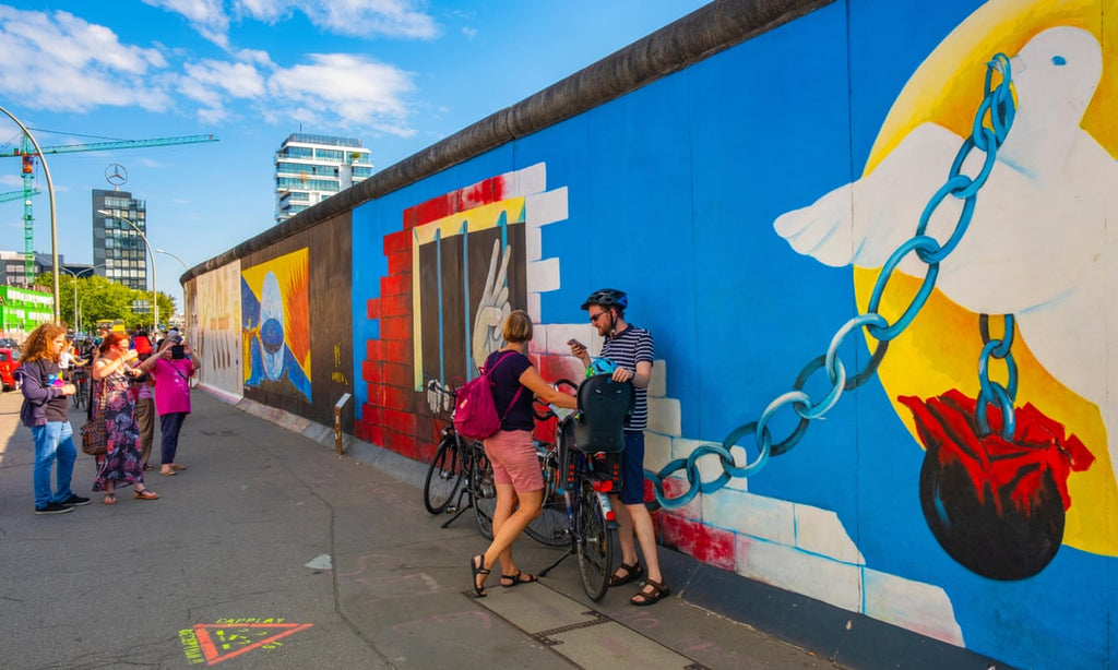 cycle-paths-trails-adventure-seekers-germany-berlin-wall