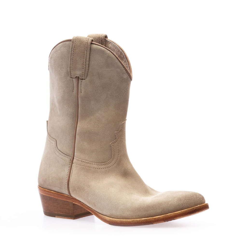 Warm grey crust texan boot
