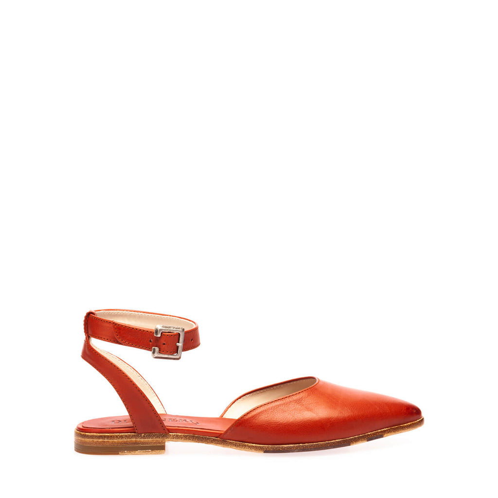 Red brick calfskin ballerina with ankle strap