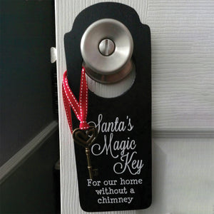 Wooden Santa's Key Door Hanger, Christmas Decor *Spanish Version Also Available*