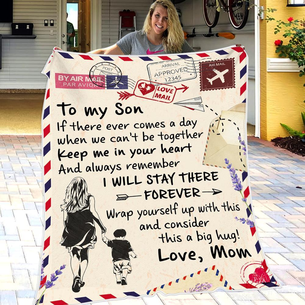 Mom To Son - Keep Me In Your Heart - Fleece Blanket