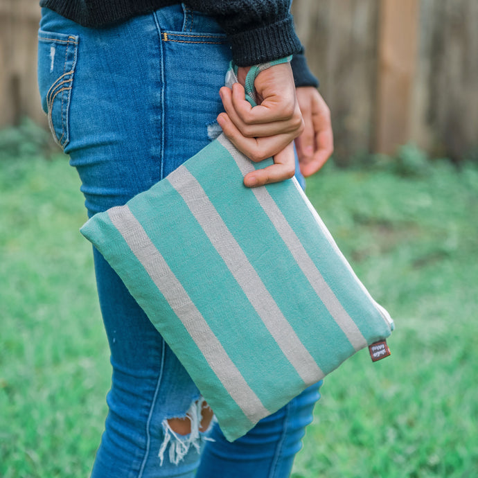 mint + denim | The Clutch