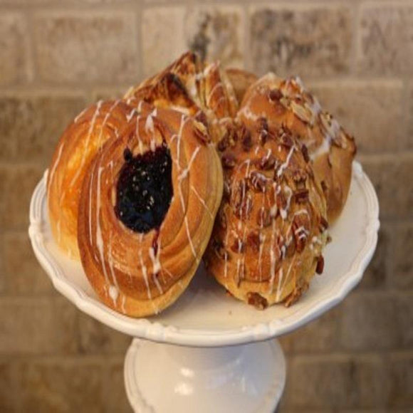 Cakes | Patiseries | Sweet | Delicious | Yummy Food | Danishes