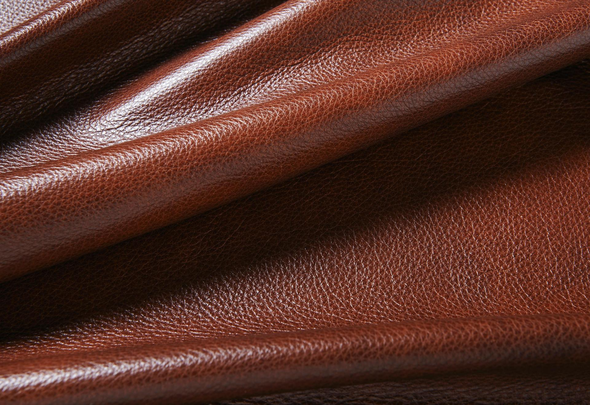 Byron - Crest Leather