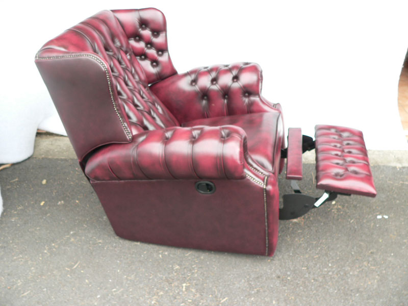 Canterbury Recliner Wing Chair