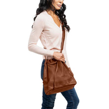 Load image into Gallery viewer, handmade Leather Bucket Bag honey - model view