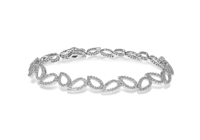 18ct White Gold 1.705ct Diamonds Leaf Link Bracelet