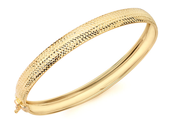 9ct Yellow Gold Half-Diamond-Cut 58mm x 65mm Elliptical Bangle
