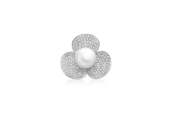 18ct White Gold 0.75t Diamond and Pearl Flower Pendant