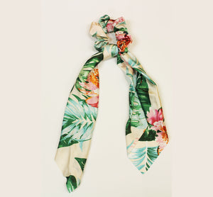 BLOSSOM CREAM HAIR SCARF