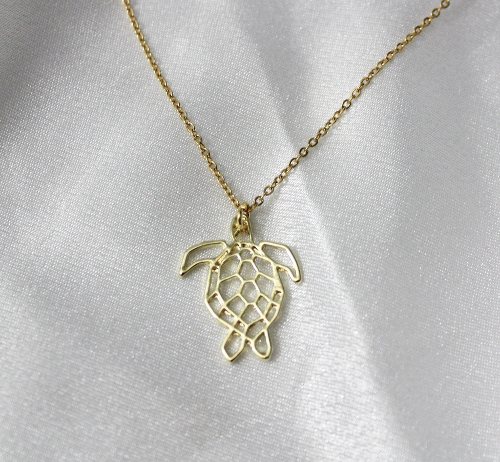 HONU CHAIN NECKLACE