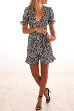 Load image into Gallery viewer, Deep V Neck  Floral Printed  Short Sleeve Casual Dresses