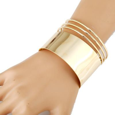 Metal Opening Wide Face Hollow Geometric Bracelet