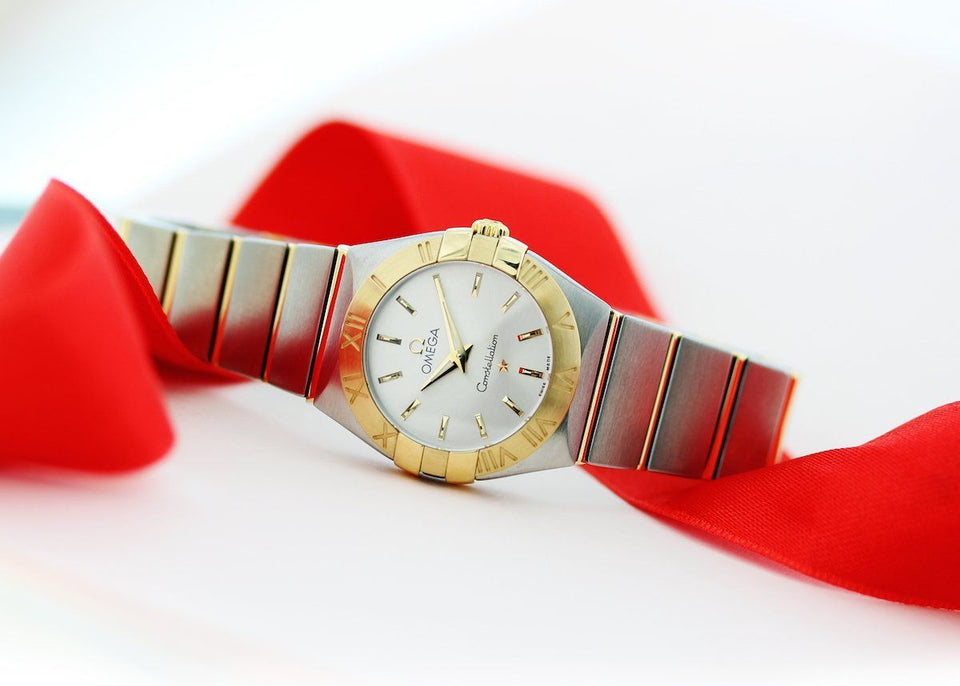 Mother's Day Gift Guide: 5 Luxury Watches Perfect for Mom
