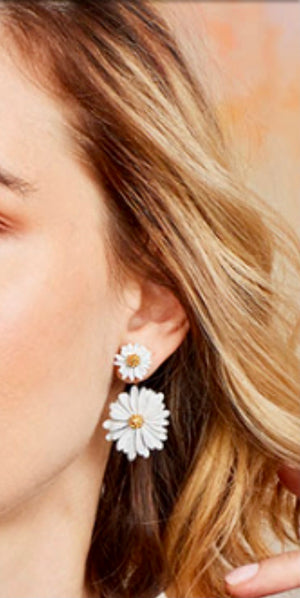Daisy Floating Earring