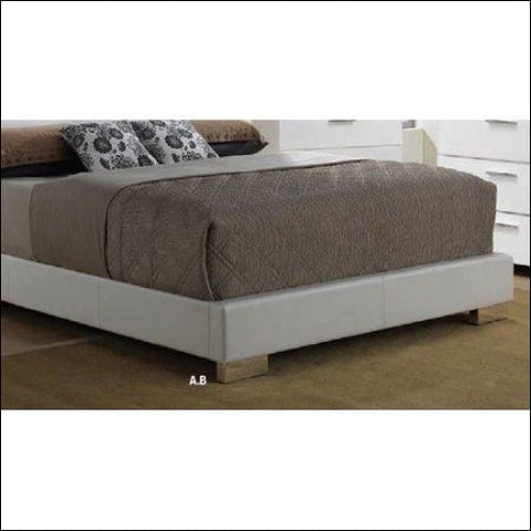 Acme Lorimar King Bed Footboard and Rail Component -White -King - ACME Furniture 0840412226281