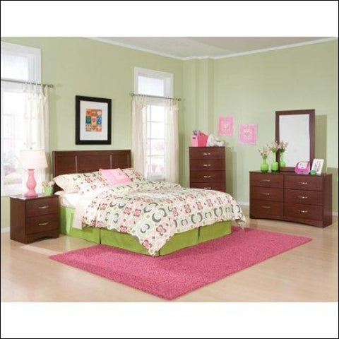 American Furniture Classics Briar Collection 190K5Q Five Piece Merlot Bedroom set including Queen/Full Headboard Five Drawer Chest Six