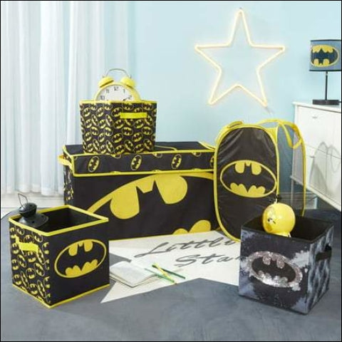 Batman Storage Set (Trunk 2 pack cubes Sequin Cube and Hamper) - Batman 0784857814095