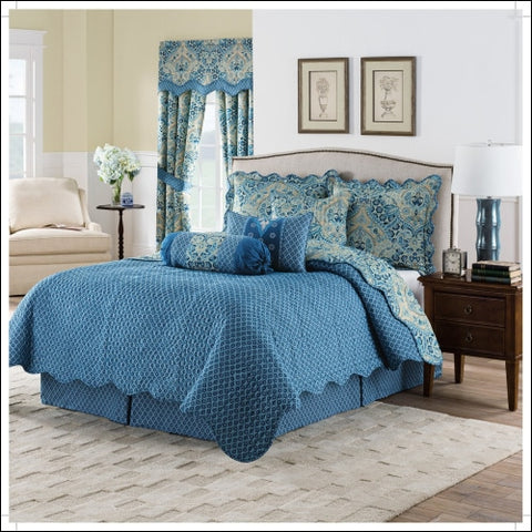 Waverly Moonlit Shadows 4-Piece Reversible Quilt Collection - Waverly 0885308429773