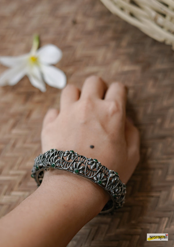 Stone Studded German Silver Filigree Kada
