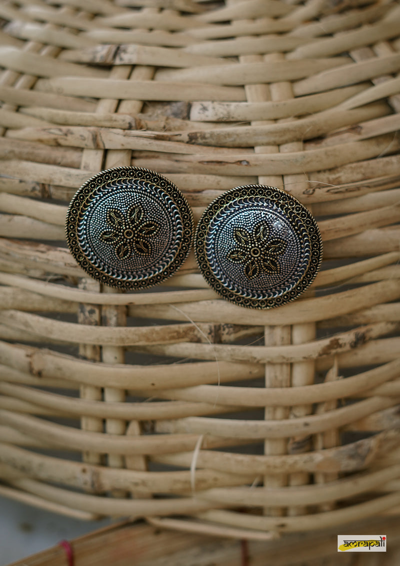 Dual-toned Floral Embossed Rava Statement Studs