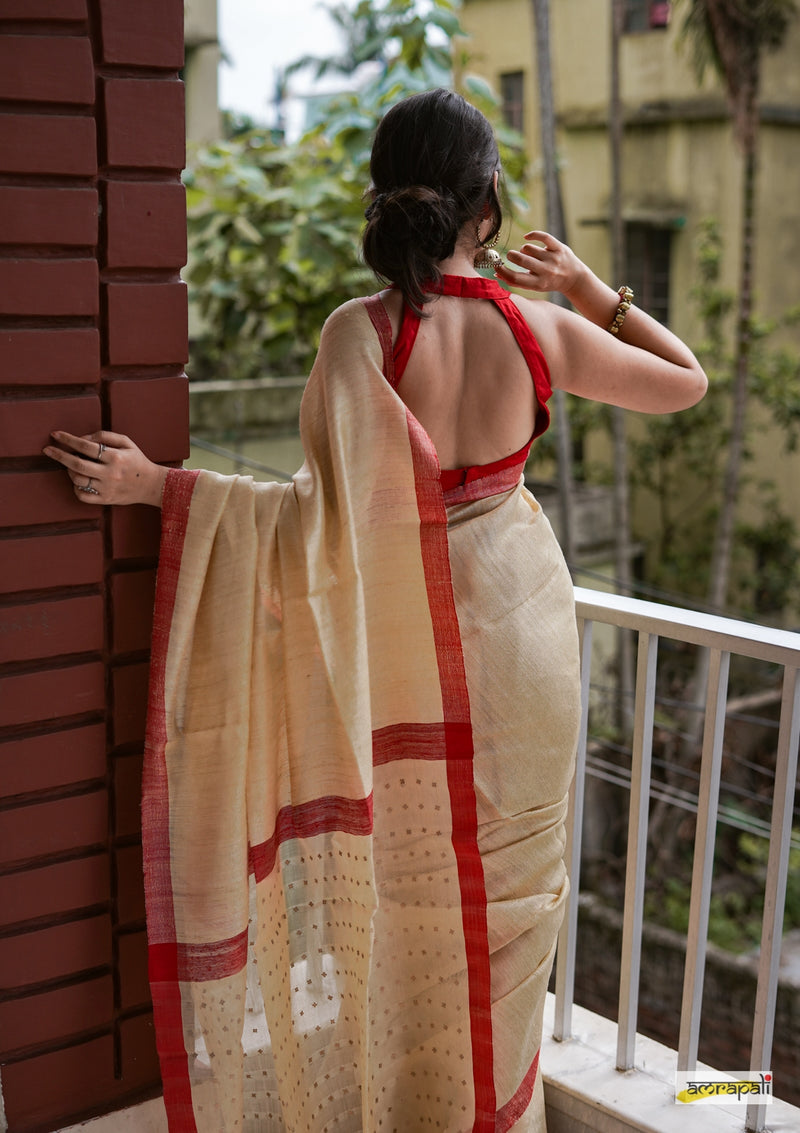 Handwoven Pure Matka with Woven Gold Sequins