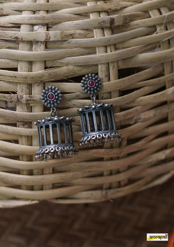 Stone-studded Antique Box Cage Hollow Earrings