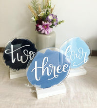 Load image into Gallery viewer, Circular wedding table numbers