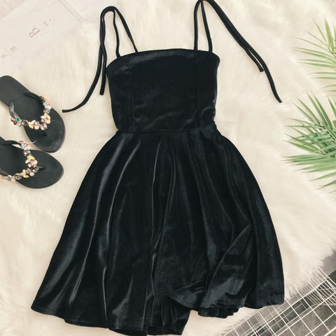 2019 Autumn Women Kawaii Solid Dress Velvet Spaghetti Strap Christmas Halloween Party Dress Empire A-Line Vestidos Cute Clothing