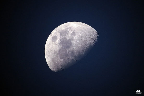 The moon inculcates intense thoughts of renewal of soul and heightened emotions when going through bad times.