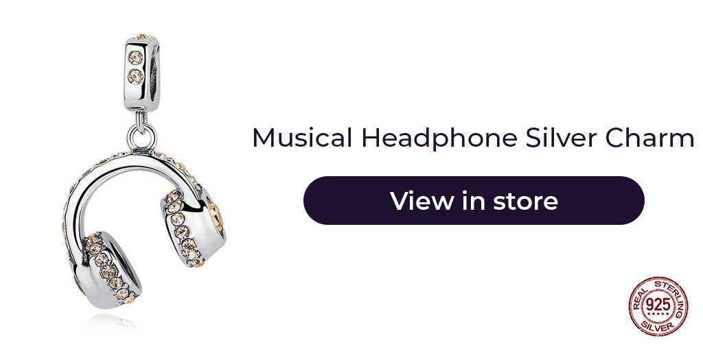 Gift guide for friends in 2019 - Sterling silver musical headphone charm for charm bracelets and charm necklaces. Best personalized gift idea to make charm bracelets for women who loves music, or is a musician.