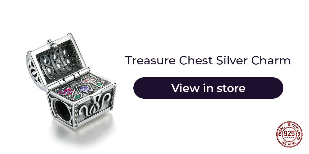 Gift guide for friends in 2019- Sterling silver treasure chest charm for charm bracelets and charm necklaces. Best personalized gift idea to make charm bracelets for women on Christmas, wedding, engagement etc.