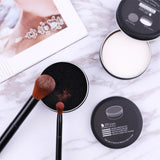 Scroap is the best makeup brush cleaner set to clean the makeup brushes in no time. This simple makeup cleaner set contains 1 box of silicon scrub mat with soap for deep cleansing of the stubborn makeup on brushes and 1 box of sponge pad for easy switching of eyeshadow colors and powders with the same brush while applying makeup.