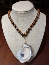 Load image into Gallery viewer, Wood Oyster Necklace - The Look By Lucy