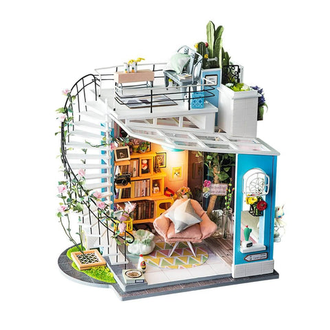 Miniature House : Dora's Loft with LED light