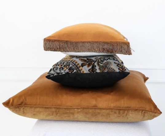 Leilah - Italian Velvet & Silk Cushion - Rust