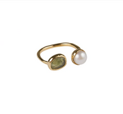 Fairley - Pearl & Green Sapphire Ring - Gold